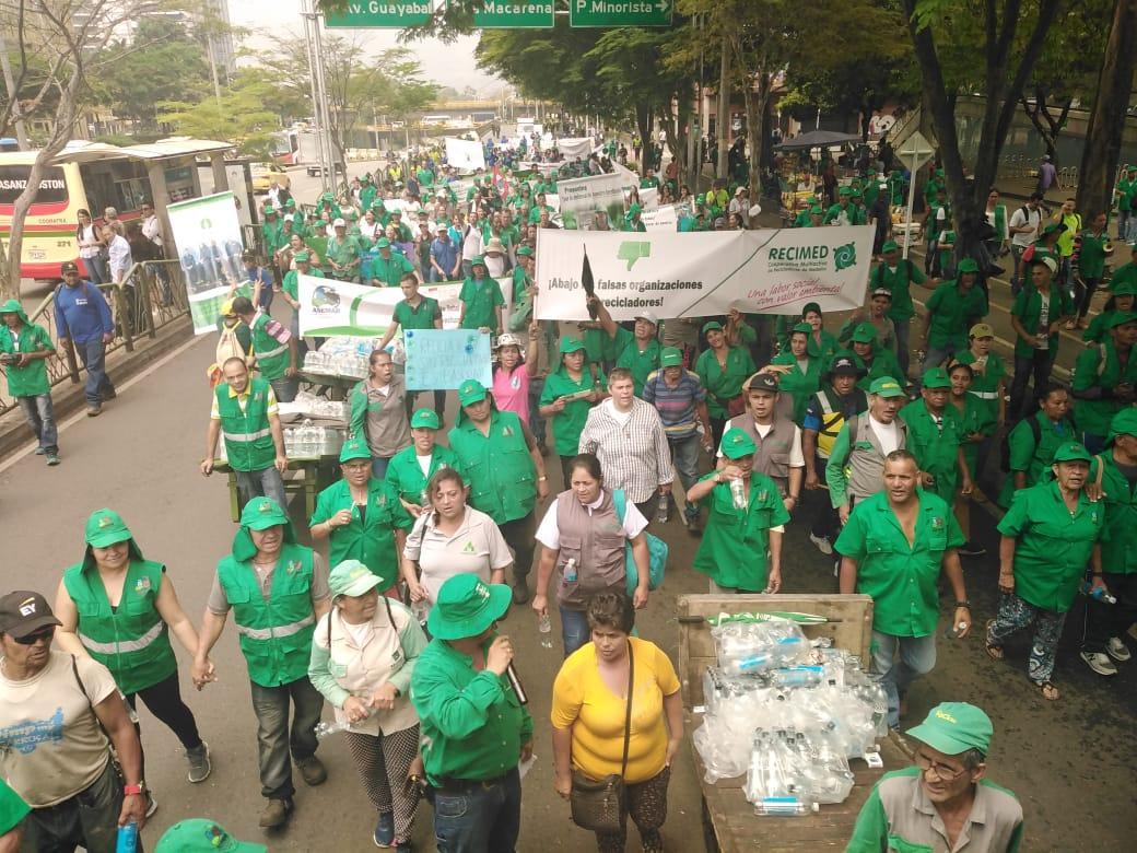 Marcha día del reciclador. Medellín